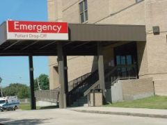 65898_emergency_room